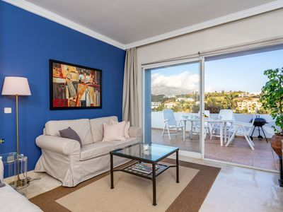 Photo for Beautiful apartment for 4 guests with A/C, pool, WIFI, TV and parking