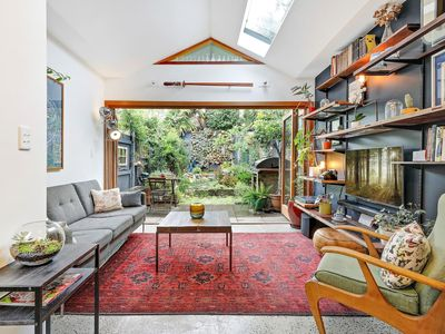 Photo for Charming 2 Bedroom Victorian Cottage in Rozelle