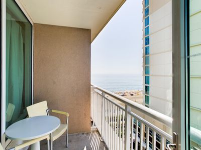 Photo for Modern Suite w/ Balcony, WiFi, Gym, Indoor and Outdoor Pools & Game Room