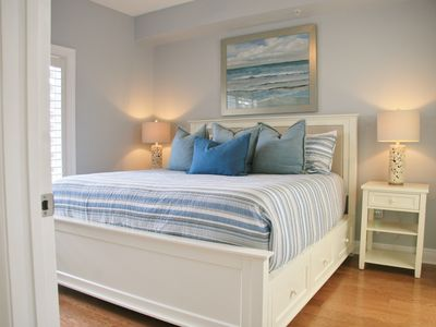 Photo for The Blue Sand Dollar - NEWLY RENOVATED, KING BED, BUILT IN BUNKS, & BEACH CHAIRS