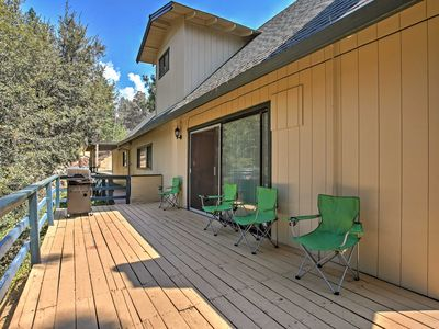 Photo for 3BR House Vacation Rental in Oakhurst, California