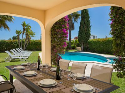 Photo for Wonderful private villa with WIFI, private pool, A/C, TV, washing machine and parking