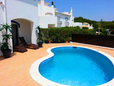Photo for Modern two bedroom villa with pool in Dunas Douradas V753