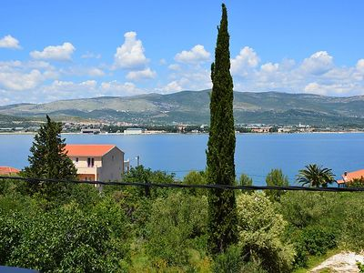 Photo for Apartment Kiki in Trogir/Arbanija - 6 persons, 3 bedrooms