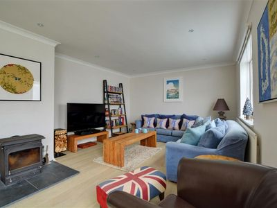 Photo for Beautiful apartment for 8 guests with WIFI, TV, pets allowed and parking