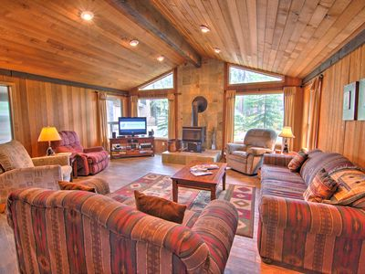Photo for Comfortable Cabin in the Woods w/ Hot Tub, Gas BBQ, Wood Stove & A/C - LYNX05
