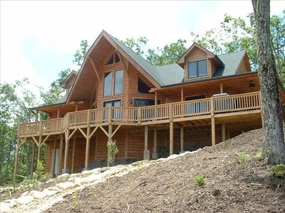 Photo for Luxury Log Cabin with Spectacular Views!