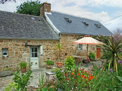 Photo for Vacation home Guersaliou Vian (SJD206) in Saint Jean du Doigt - 4 persons, 2 bedrooms