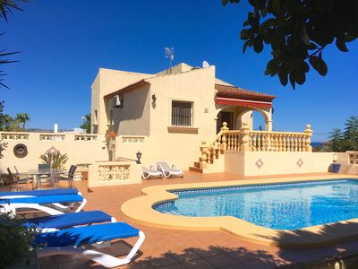 Photo for Beautiful and cozy villa with private pool and sea views in Javea!