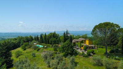 The Estate overlooking Tuscany