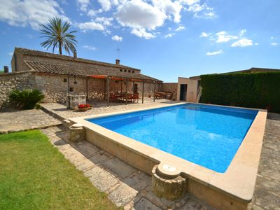 Photo for Beautiful Mallorcan country house with pool