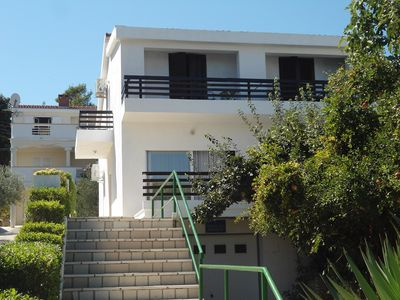 Photo for 4BR House Vacation Rental in Tkon, Dalmatien