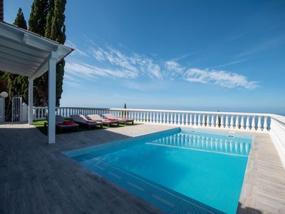 Photo for Luxury 2 bedroom villa with private heated pool