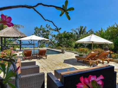 Photo for 5 * Seafront Beachhouse Cantik, sea view, authentic North Bali, private pool