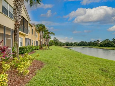 Photo for Contemporary Disney Vacation Home,9 People, 3 Miles to Disney, Free Wifi_Parking