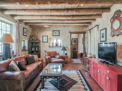 Photo for Western Cowboy, 2 Bedrooms, Sleeps 4, Walk to Canyon Rd, Jacuzzi, Yard