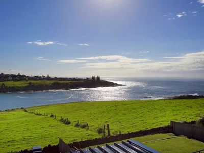 Photo for 4BR House Vacation Rental in Kiama Heights, NSW