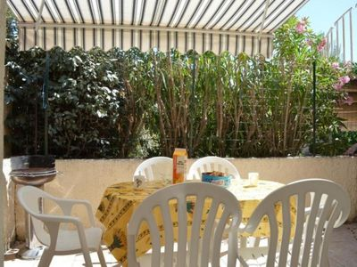 Photo for Apartment Fleury-Saint-Pierre-la-Mer, 3 bedrooms, 6 persons