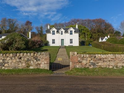 Photo for 5BR Cottage Vacation Rental in Isle Of Arran