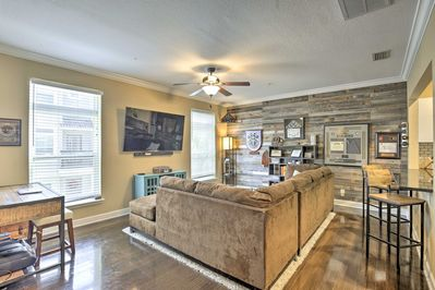 This Tampa home is ideal for groups of 6 seeking luxury.