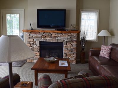Chief Golf Cottage - Book Your Ski Trip Now