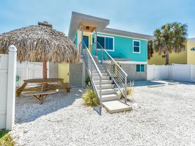 Perfect for Families! Amazing 3 bedroom, 2 bath unit! Steps away from the Beach!
