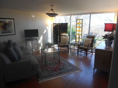 Photo for Private Retreat in Heart of Fayetteville Mt. Sequoyah Apartment on Mountain.