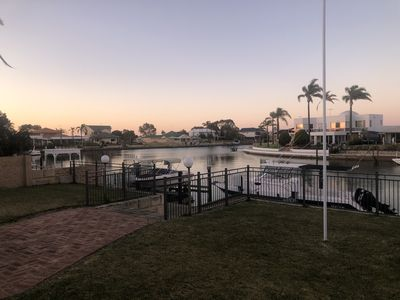 Photo for AMAZING Waterside Living: an ultimate holiday getaway
