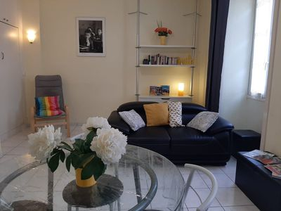 Photo for Air-conditioned family apartment Nice port between sea and city center