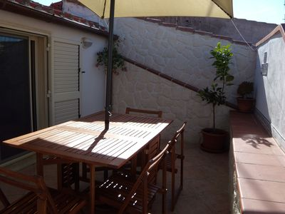 Photo for Holiday Home in Central Location with Wi-Fi, Air Conditioning and Terrace