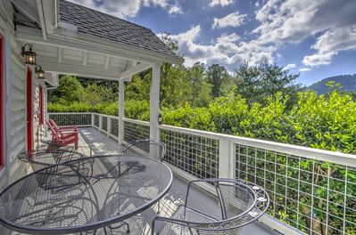 Book the ultimate rural retreat at this beautiful 3-bedroom, 2-bath home!