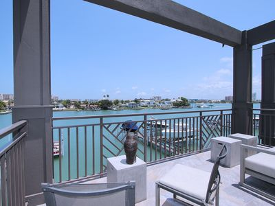 Photo for Luxury Waterfront Rental in Brightwater