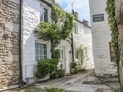 Photo for 8 STONEGATE, pet friendly, with open fire in Low Bentham, Ref 955461