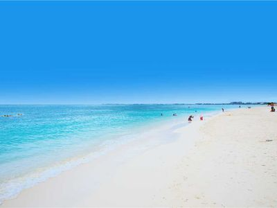 Photo for Island Pines #39: 1 BR / 1 BA beachview condo in Seven Mile Beach, Sleeps 4