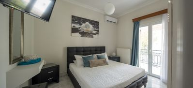 Photo for Superior Two Bedroom Apartment in the heart of Fira