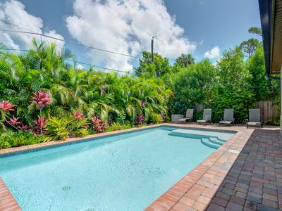 Photo for Luxury 3 Bedroom 2 Full Bath Close To Beach. FREE Private Heated Pool\ Hot Tub