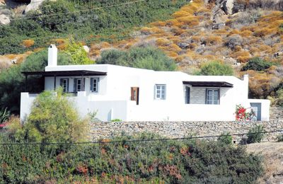 Photo for Modern Cycladic villa 100 meters distance from the sea, for up to 6-8 persons