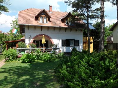 Photo for Holiday apartment Balatonföldvár for 4 - 6 persons with 2 bedrooms - Holiday apartment in a villa