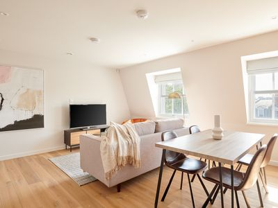 Photo for Sonder | Sloane Square | Bright 2BR