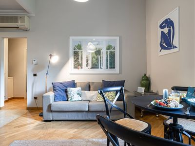 Photo for The River View - One Bedroom Apartment, Sleeps 4