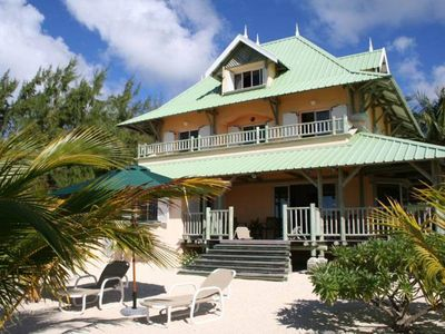 Photo for Pointe D Esny spacious villa waterfront