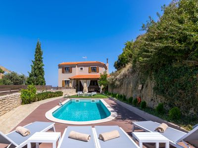 Photo for Luxurious villa, idyllic and calm, wifi | Rethimno, Crete