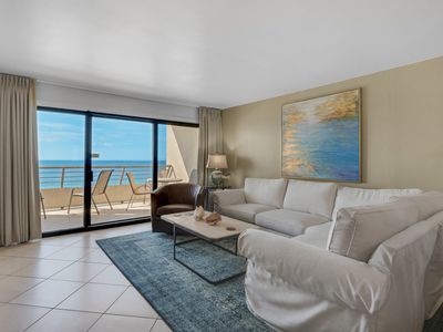 Photo for Emerald Towers 1101 - Book your spring getaway!