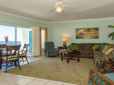 Photo for Comfortable Gulf-Front unit, Multiple Resort Pools, Minutes to Shopping and Dining
