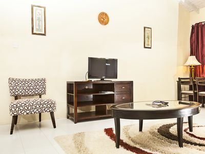 Cupid Home #2-Free Car included /AC Units in rooms/Discounts for mature guest