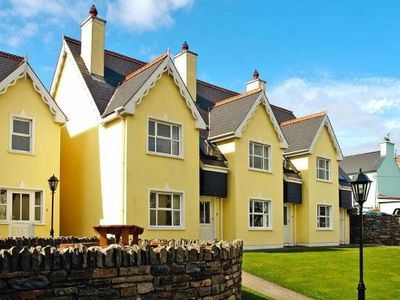 Photo for Holiday resort, Durrus  in Cork - 4 persons, 2 bedrooms