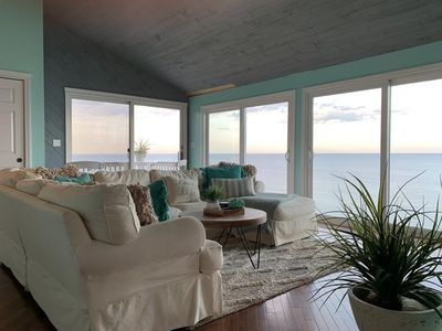 Photo for Spacious 3 bd house - stunning views/waterfront