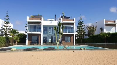 Homerez last minute deal - Spacious house with swimming-pool