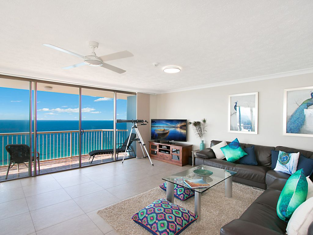 Carool Penthouse Unit 35 - Amazing views of the entire Gold Coast