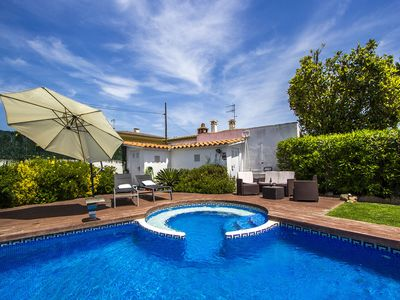 Photo for Enchanting villa in Platja d´Aro only 5 minutes from the beach!